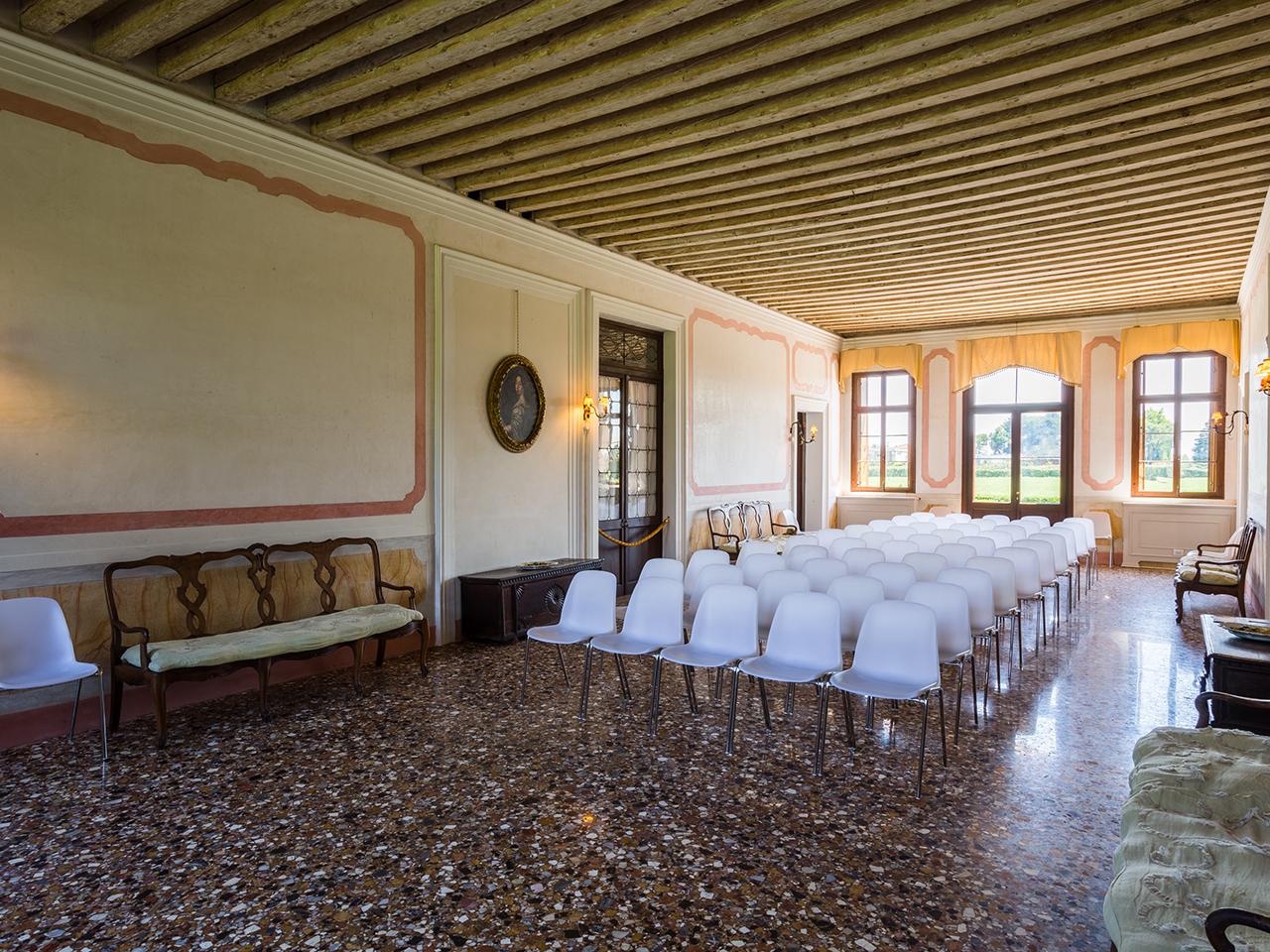 Sale Riunioni Padova : Location per servizi fotografici convegni e congressi a padova